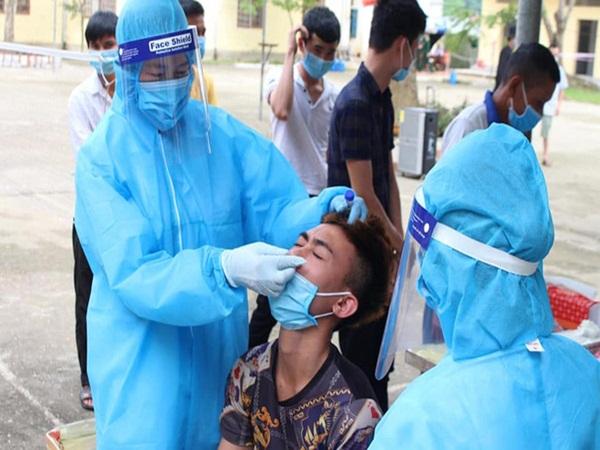 Bệnh nhân nhiễm Covid-19 ở Hà Tĩnh diễn biến phức tạp, từ âm tính trở lại dương tính nhiều lần