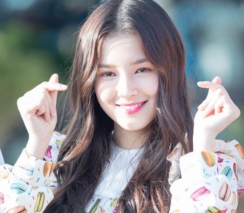 BXH 20 em út Kpop được fan quốc tế yêu thích nhất: Lisa (Blackpink) đứng vững vị trí top 3, 'út cưng' Jungkook (BTS) liệu có giành vị trí NO.1 trước nhiều đối thủ nặng kí? - Ảnh 11
