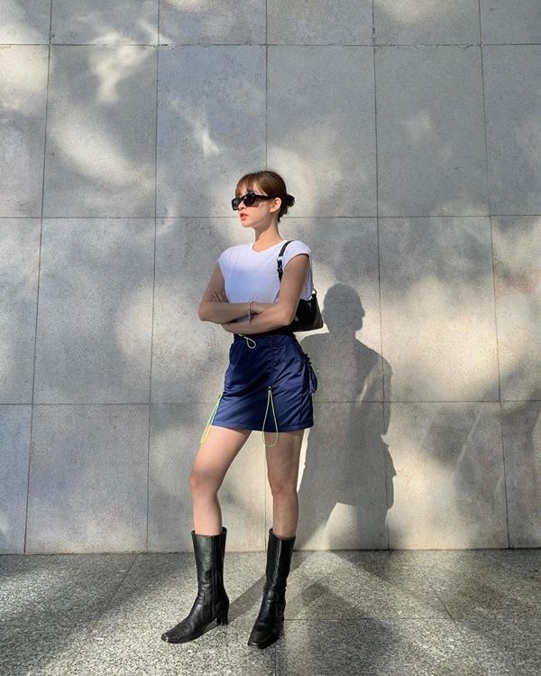 Áp dụng 'phương châm' 'thời trang phang thời tiết', chị em có thể diện đẹp 3 kiểu đồ này trong ngày hè - Ảnh 4