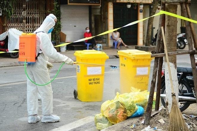 Cách khử khuẩn, quản lý chất thải khi cách ly F0, F1 tại nhà - Ảnh 1