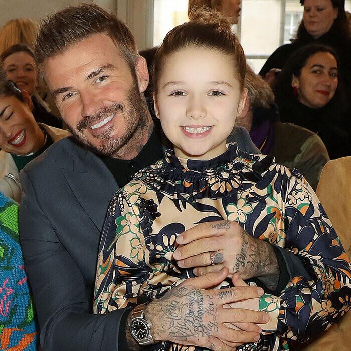 Fan David Beckham được pha bổ mắt ngắm visual cực đỉnh nhà BeckVic, nhưng công chúa nhỏ Harper lại chiếm trọn spotlight của bố - Ảnh 8