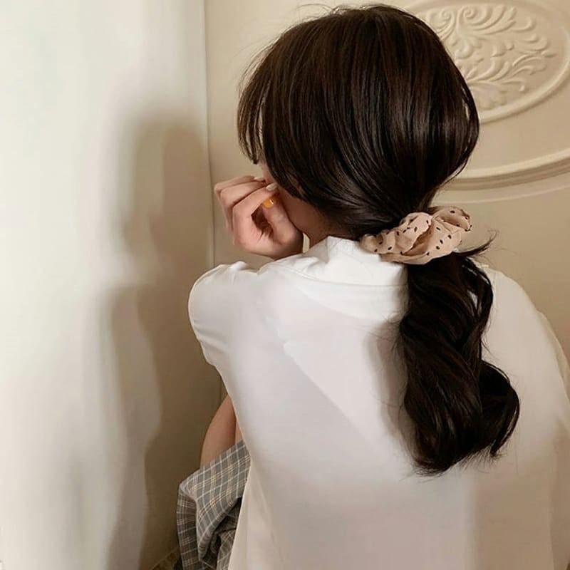 Thăng hạng sắc đẹp 'nhanh như chớp' với 3 phụ kiện tóc vừa rẻ vừa xinh - Ảnh 1