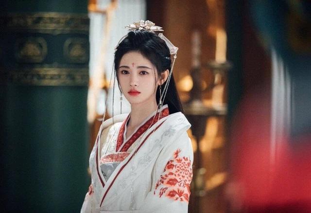 Vụ án chấn động Minh triều: Yêu nhân giả nữ hại đời 99 cô gái, đang lừa nạn nhân thứ 100 thì lộ tẩy, bị Hoàng đế đích thân xử lăng trì - Ảnh 2