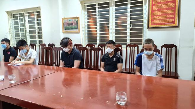 Diễn biến bất ngờ vụ cướp xe máy của nữ lao công ở Hà Nội: Thêm đối tượng thứ 5 bị bắt giữ, lộ kế hoạch 'tẩu tán' tài sản - Ảnh 1