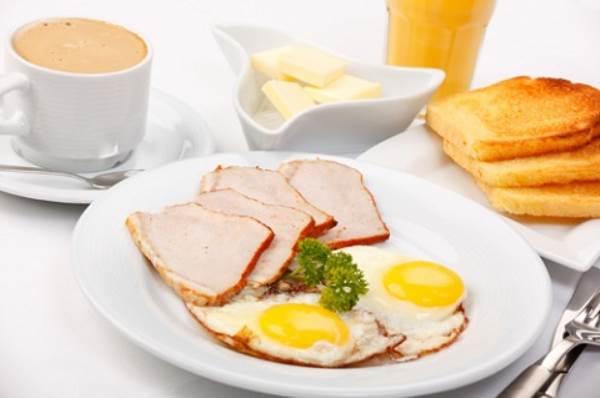 Chết đói cũng không ăn những món này buổi sáng  - Ảnh 1