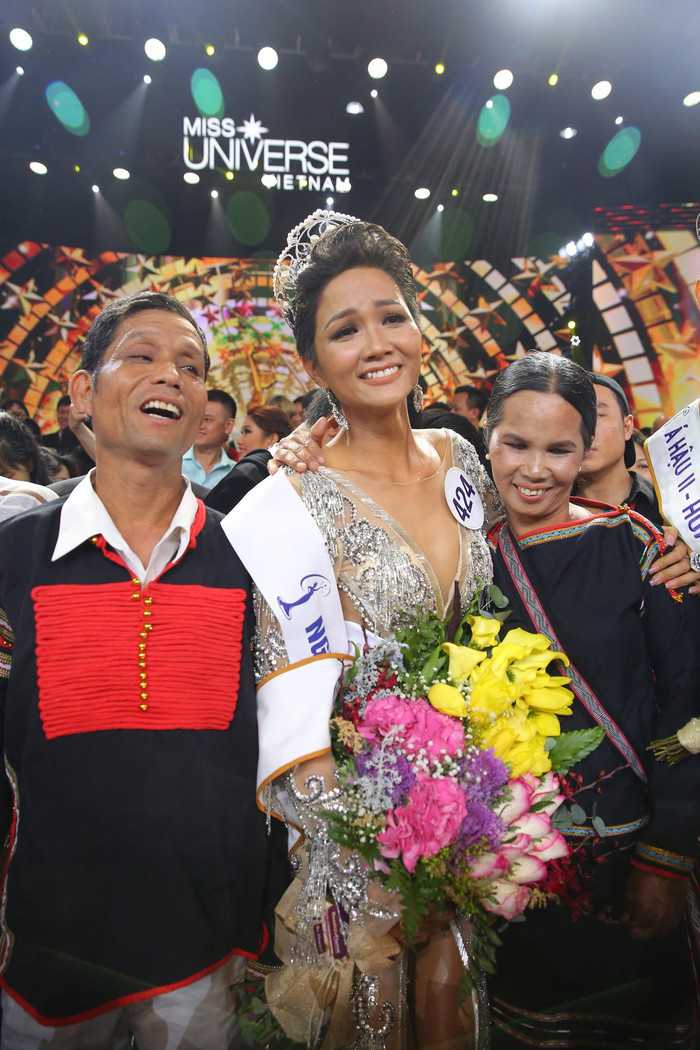 Phản ứng của cư dân mạng quốc tế khi H'Hen Niê đăng quang Hoa hậu Hoàn vũ Việt Nam - Ảnh 6