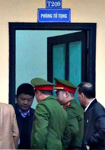 Hôm nay ông Đinh La Thăng, Trịnh Xuân Thanh hầu tòa - Ảnh 2