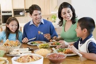 Bữa cơm gia đình là nơi yêu thương và giữ lửa hạnh phúc