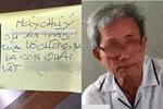 Tố cáo ông già 76 tuổi dâm ô con gái mình, bà mẹ trẻ bị dán giấy đe dọa trước cửa nhà