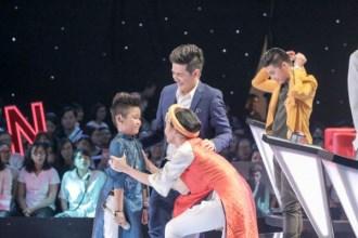 The Voice Kids: Noo Phước Thịnh - Đông Nhi liên tục