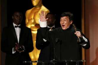Thành Long nhận giải Oscar