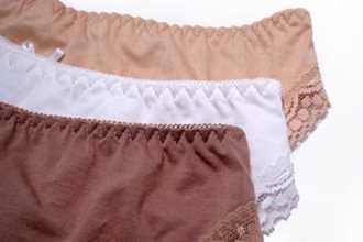 Hầu hết phụ nữ Việt đang mặc quần lót rất sai, vô tình chuốc bệnh phụ khoa khó nói