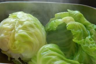 Luộc rau nào thì luộc nhưng 5 loại này thì tuyệt đối cấm, không thì như ăn cỏ chứ chẳng bổ béo gì