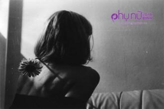 Mạnh mẽ khi cần, buông bỏ khi nên, đàn bà có thế mới thôi bất hạnh khổ đau một đời
