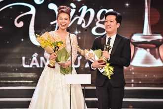 Nhận 4 giải Mai Vàng, Trường Giang nói lời yêu Nhã Phương