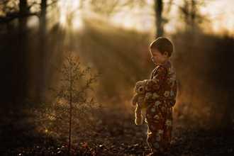 Phát hờn với bộ ảnh tuyệt đẹp bố chụp con trai trong nông trại