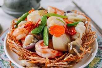 Mách bạn cách làm món ngon với hải sản tổ chim cho ngày Tết ngon như nhà hàng