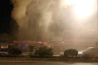Cháy cửa hàng sửa xe máy sáng mùng 1 Tết ở Hà Nội