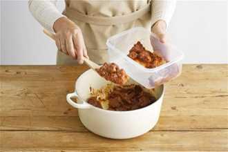 5 nguy hại khôn lường từ việc ăn lại đồ thừa bỏ trong tủ lạnh ngày Tết