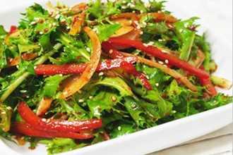 Giữ dáng giảm cân với 3 công thức salad đơn giản mà ngon