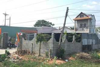 Bình Thuận: Bé 7 tháng cùng mẹ chết trong tư thế treo cổ