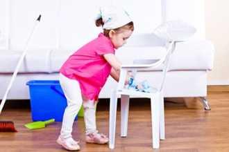 Dạy trẻ cách làm việc nhà từ nhỏ để bé trưởng thành ngoan ngoãn, có trách nhiệm