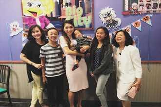 Vợ chồng Ngọc Quyên mở tiệc sinh nhật 1 tuổi cho con trai