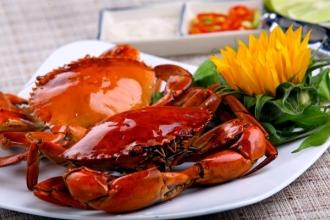 Tuyệt chiêu hấp tôm sú, cua biển ngọt thơm chắc thịt đãi cả nhà dịp <a taget='_blank' data-cke-saved-href='http://phunuvagiadinh.vn/tag/nghi-le' href='http://phunuvagiadinh.vn/tag/nghi-le'><i>nghỉ lễ</i></a>