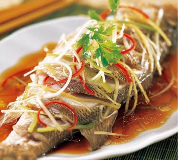 Cách làm món cá hấp chuẩn nhất, ngon hơn ngoài hàng - Ảnh 1