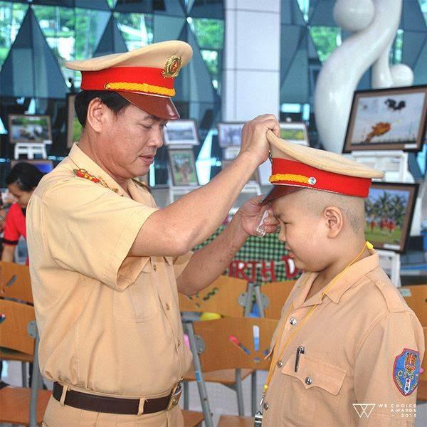 Cậu bé ung thư mơ ước làm CSGT ở Đà Nẵng đã qua đời - Ảnh 1