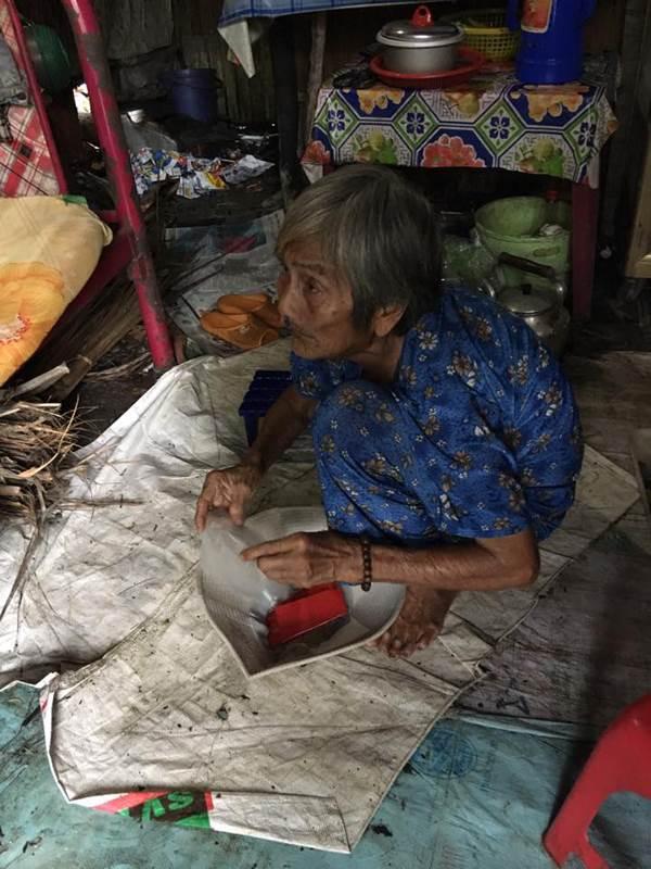 Cụ già 81 tuổi bị con chối bỏ, 'có miếng ăn qua ngày là cả niềm ước ao' được dân mạng giúp đỡ - Ảnh 3