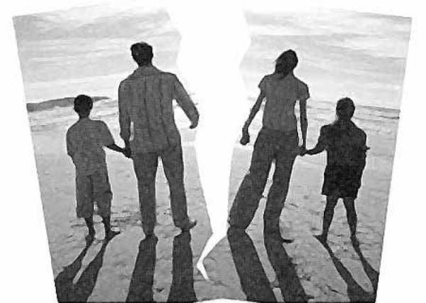 Chuẩn bị tâm lý cho con khi bố mẹ ly hôn - Ảnh 1