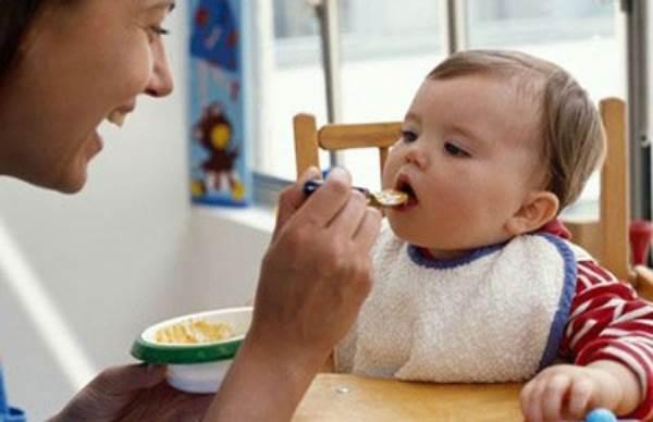 Mách mẹ một số mẹo để khắc phục chứng biếng ăn ở trẻ - Ảnh 2