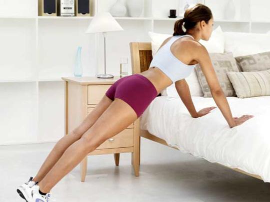 Những thói quen buổi sáng giúp chị em trẻ ra cả chục tuổi chẳng cần đi spa - Ảnh 3