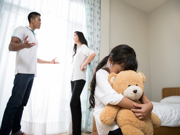 Tại sao nói con cái là tấm gương phản chiếu của cha mẹ?