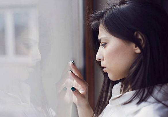 Có những nỗi đau thầm kín ít ai hiểu bên trong những người đàn bà bỏ chồng