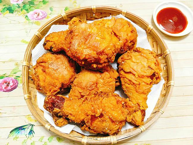 Đổi khẩu vị với món gà rán tẩm bột, đảm bảo bé nào cũng mê tít - Ảnh 1