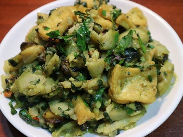 Ngon xuất sắc với món xào chuối đậu vô cùng đơn giản, đưa cơm