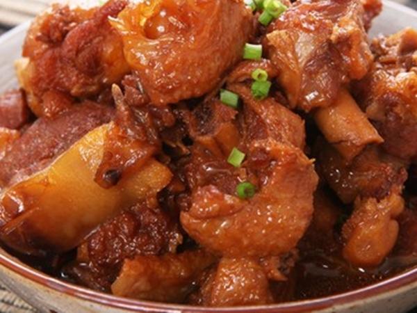 Thịt vịt kho với thứ này vừa hết sạch mùi hôi lại thơm mềm nức mũi, bay sạch cả nồi cơm