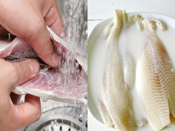 Thêm thứ này khi rửa, cá hết sạch mùi tanh, nấu gì cũng ngon