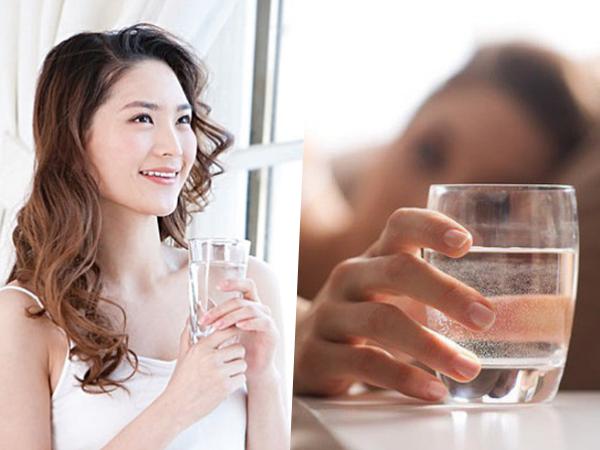 Uống 1 ly nước lọc vào 4 'thời điểm vàng' này trong ngày, da dẻ đẹp miễn chê, mỡ bụng tự khắc giảm