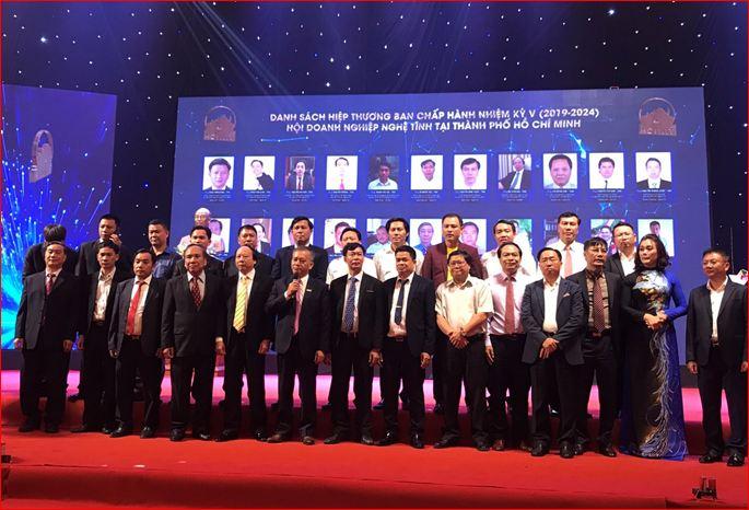 Hội Doanh nghiệp Nghệ Tĩnh tại TP. Hồ Chí Minh: Kết nạp thêm 76 hội viên mới, nâng tổng lên hơn 400 hội viên - Ảnh 4