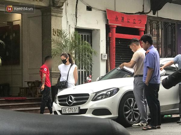 Lưu Đê Ly và antifan ẩu đả, giật tóc trên phố Hàng Buồm: Công an vào cuộc, nhân chứng tường trình