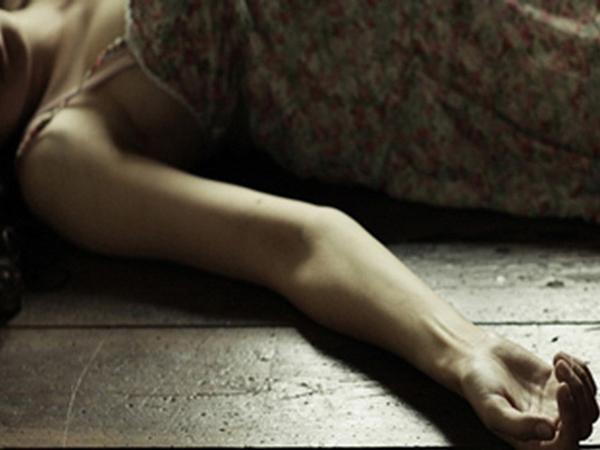 Cà Mau: Vợ đòi đi làm bị chồng đâm trọng thương