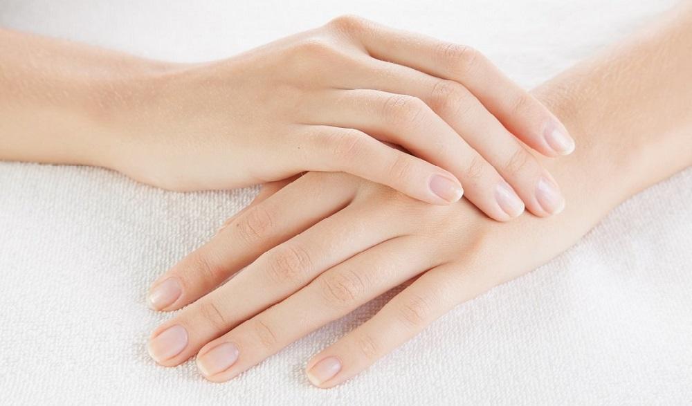 Chuyện gì xảy ra nếu bạn đau khớp ngón tay giữa?