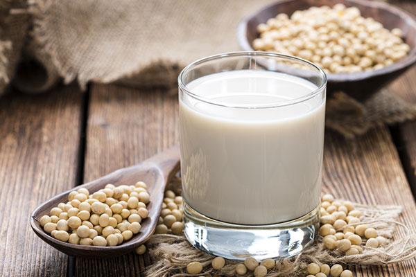 Uống sữa đậu nành có tác dụng giảm cân không?