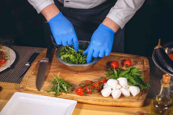 Nhận diện 10 biểu hiện ngộ độc thức ăn phổ biến bạn cần nắm  - Ảnh 9