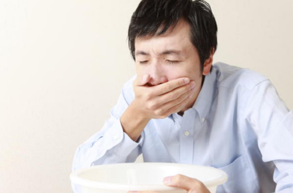Nhận diện 10 biểu hiện ngộ độc thức ăn phổ biến bạn cần nắm  - Ảnh 7