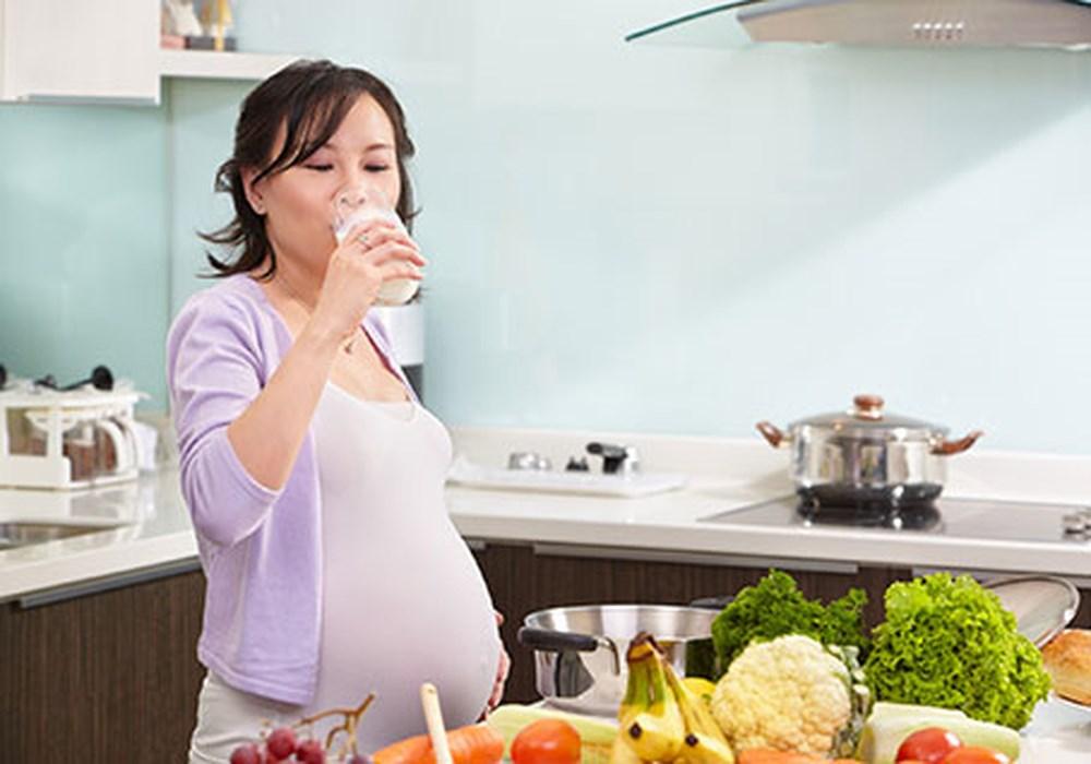Bà bầu ăn gì để thai nhi tăng cân 3 tháng cuối? - Ảnh 9