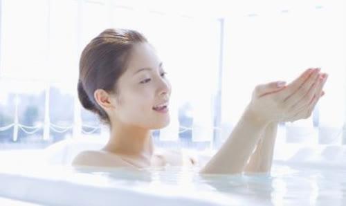 Các loại nước tắm làm trắng da siêu hiệu quả ngay tại nhà - Ảnh 7